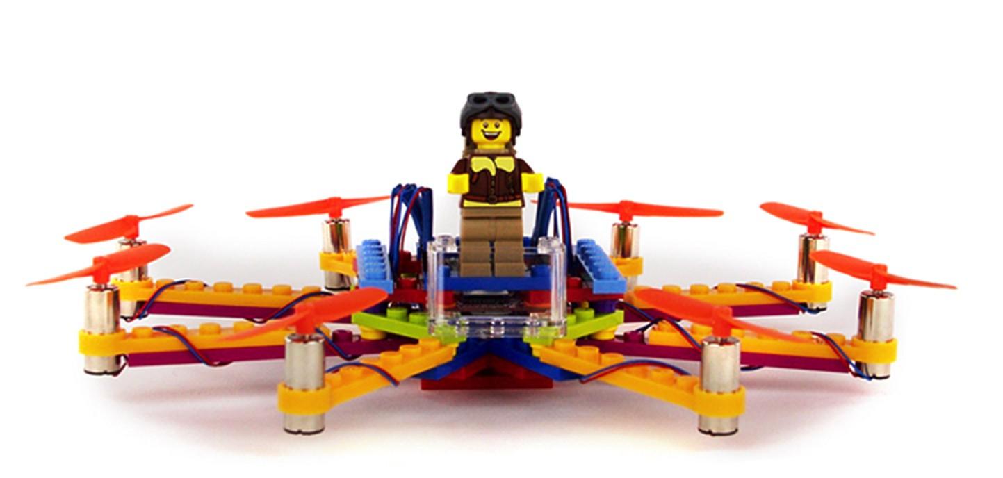 FLYBRIX drone van LEGO